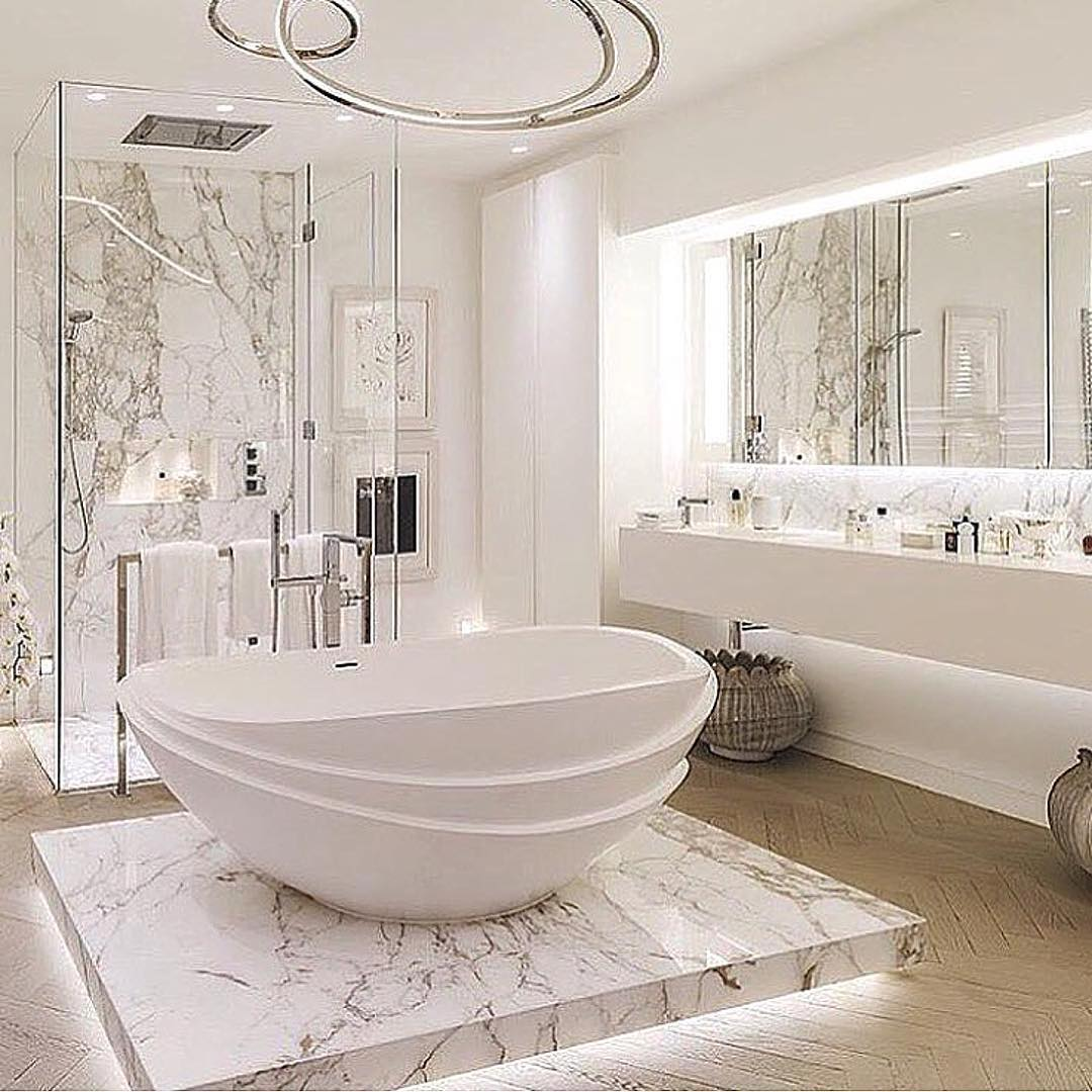 Luxurious marble bathroom designs 23 round decor for Bathroom designs 2017