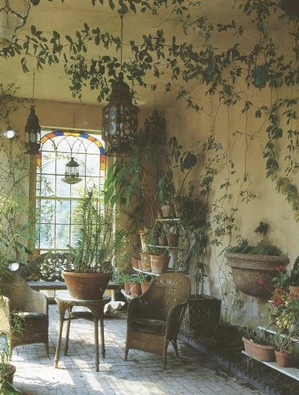Secret Garden: Beautiful French Cottage Garden Design Ideas 51
