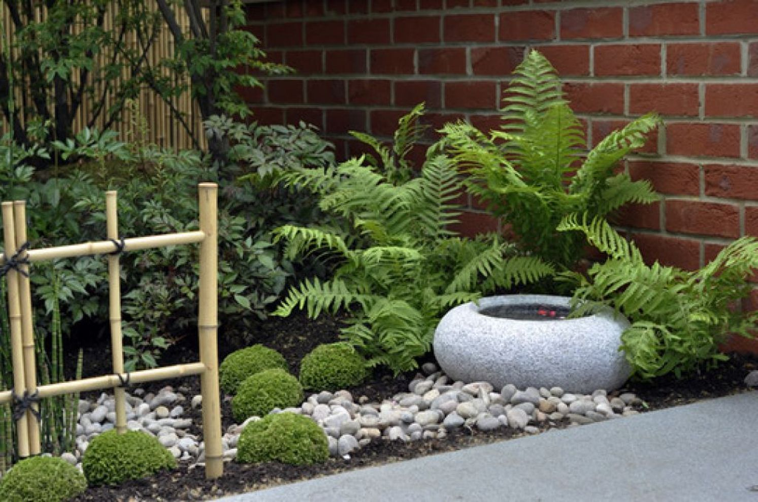 Inspiring small japanese garden design ideas 40 - ROUNDECOR on Small Backyard Japanese Garden Ideas id=20745