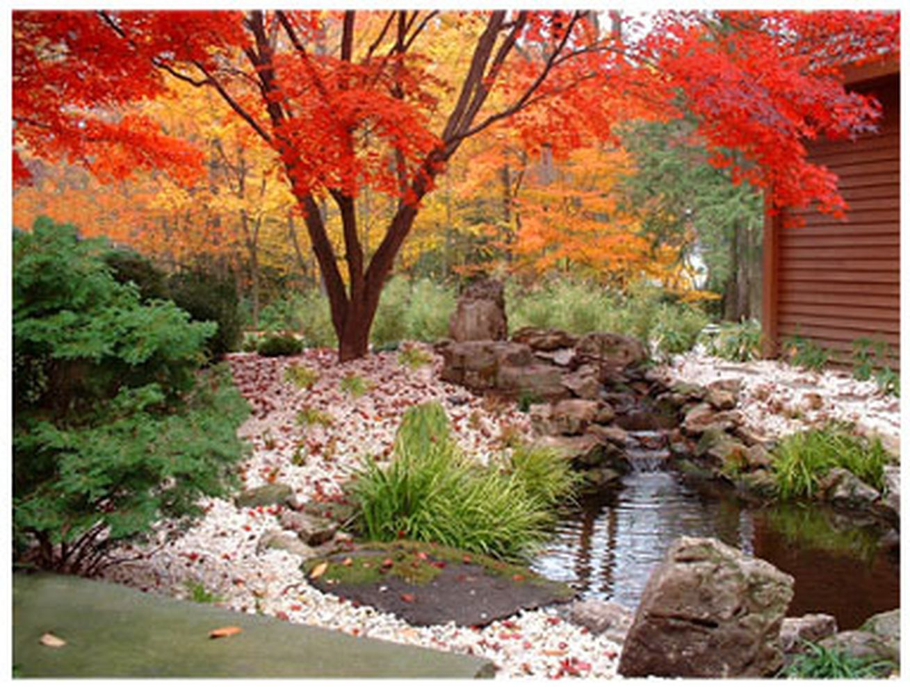 66 inspiring small japanese garden design ideas round decor for Japanese landscaping ideas