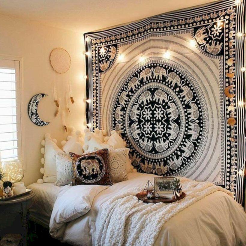 Cozy bohemian teenage girls bedroom ideas (18) - ROUNDECOR on Cozy Teenage Room Decor  id=27888