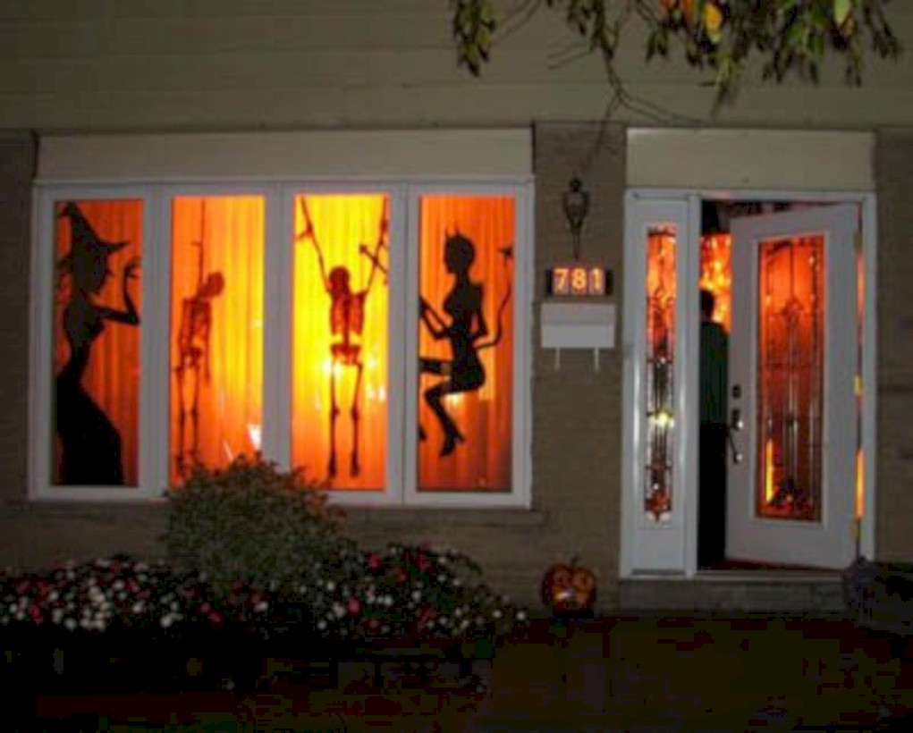 52 Amazing Halloween Window Decoration Ideas Round Decor
