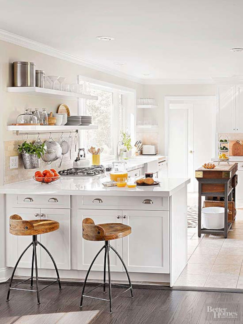 Chic kitchen ideas for small apartment 32 round decor for Chic kitchen ideas