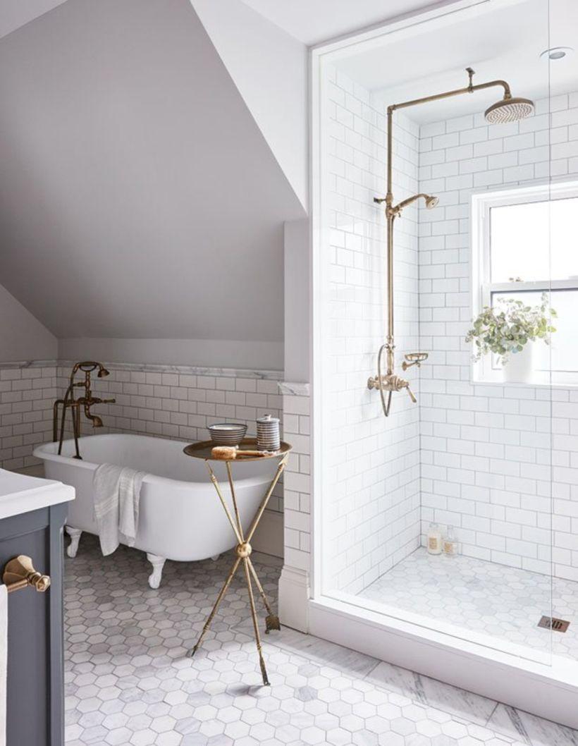 Farmhouse bathroom ideas for small space (1) - Round Decor