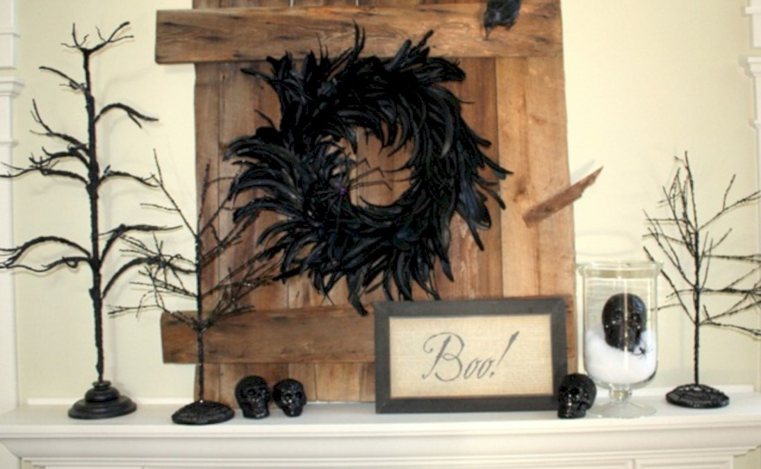 Great halloween mantel decorating ideas 13
