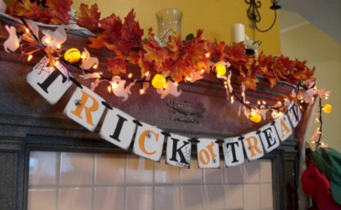 Great halloween mantel decorating ideas 23