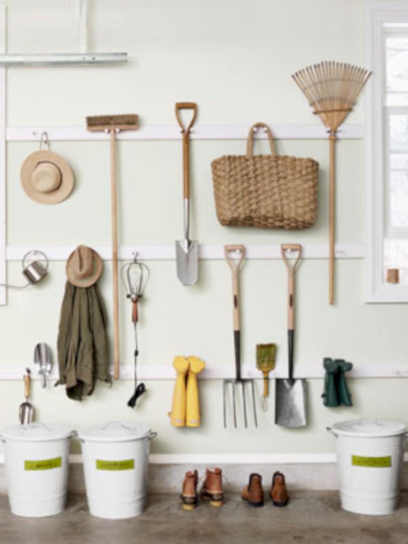 Neat and well-organized garage home decor ideas (50) - Round Decor