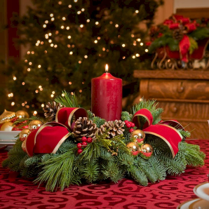 51 Stunning Christmas Table Decorations Ideas Round Decor