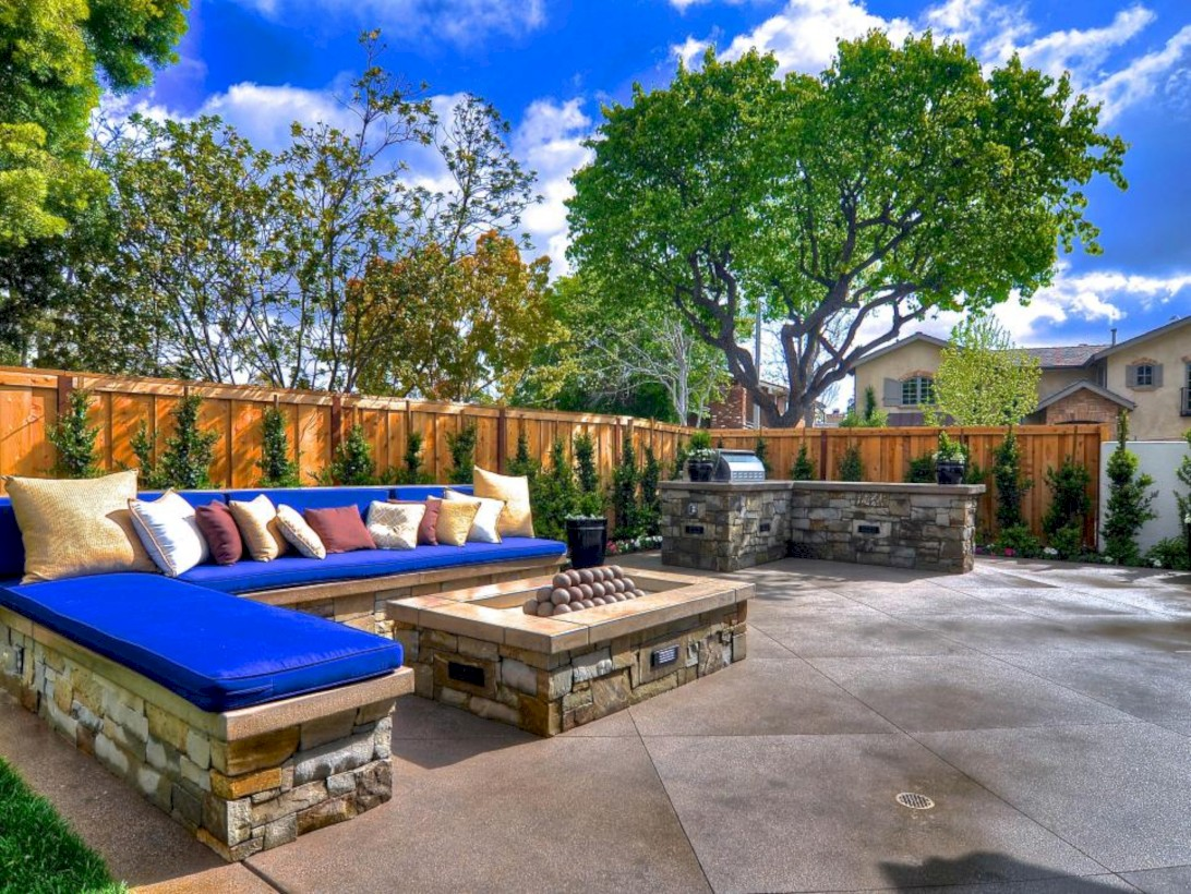 Stunning outdoor stone fireplaces design ideas 47