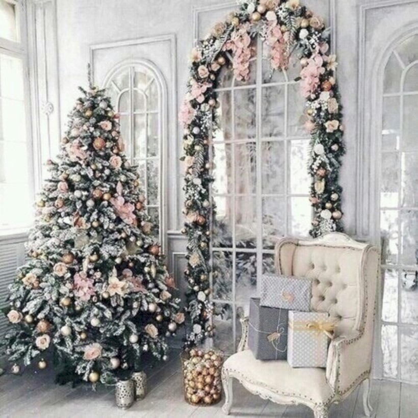 38 inspiring chabby chic christmas decoration ideas shabby chic christmas craft ideas on pinterest shabby chic christmas craft ideas on pinterest