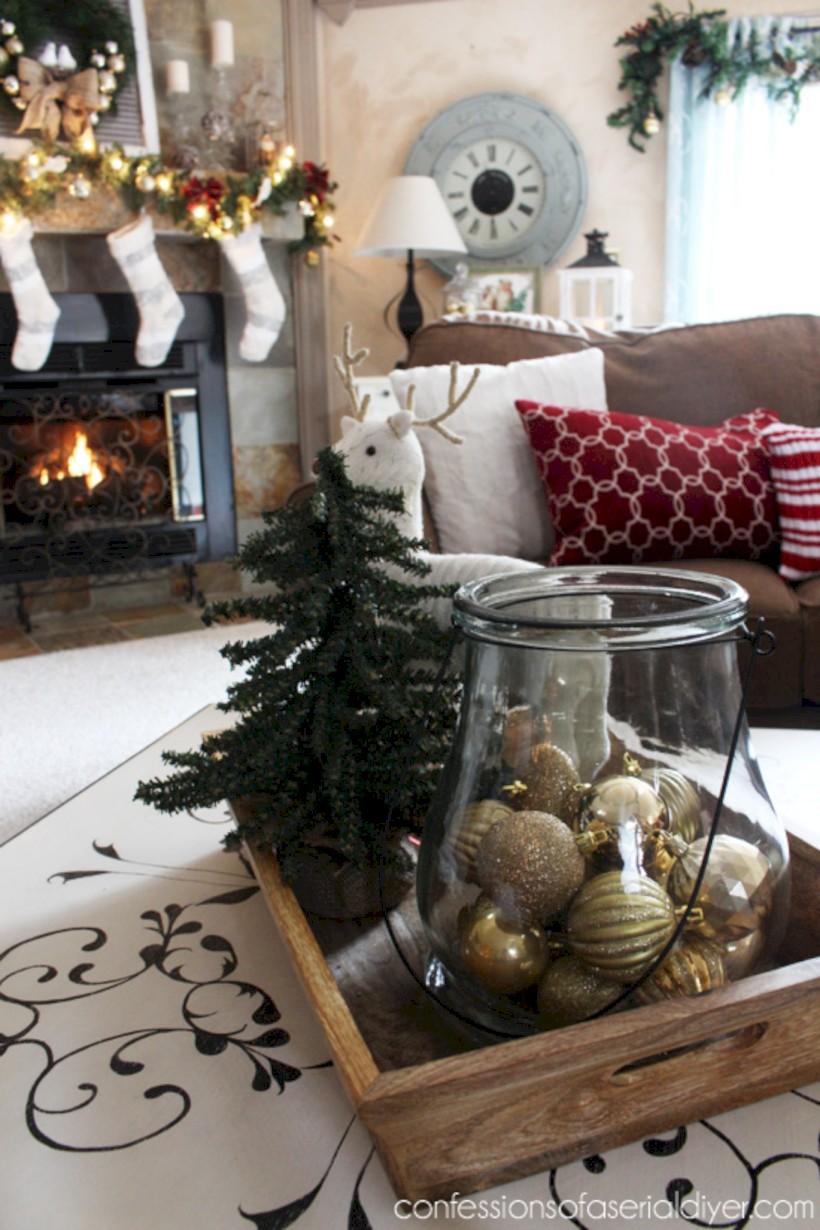 Minimalist christmas coffee table centerpiece ideas 24 ...