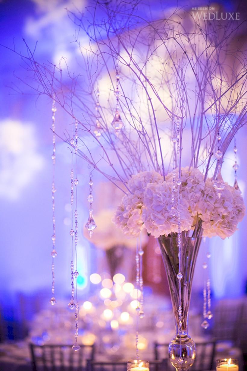 Spectacular winter wonderland wedding decoration ideas 31 820 1230 in 37 spectacular winter wonderland wedding decoration ideas junglespirit Image collections