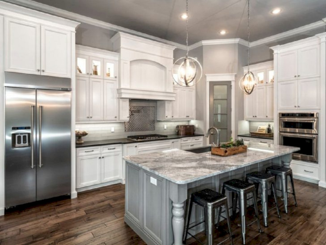 40 Adorable Grey And White Kitchens Design Ideas - ROUNDECOR