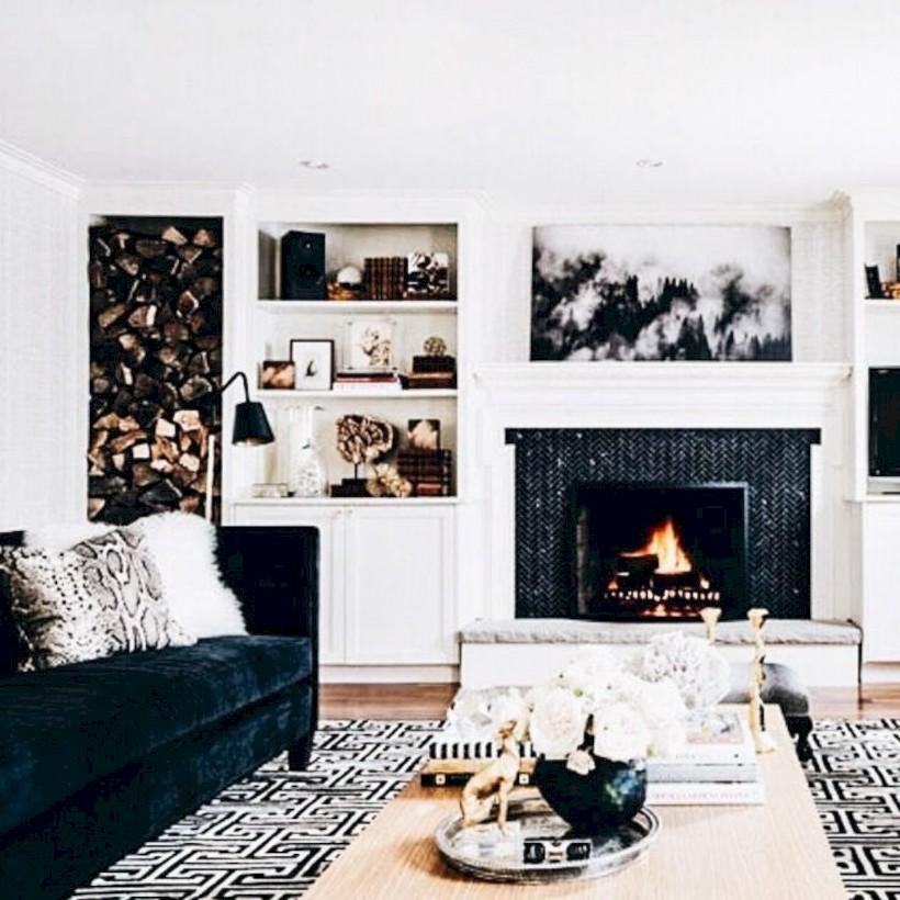 Gorgeous Apartment Fireplace Decor Ideas 35