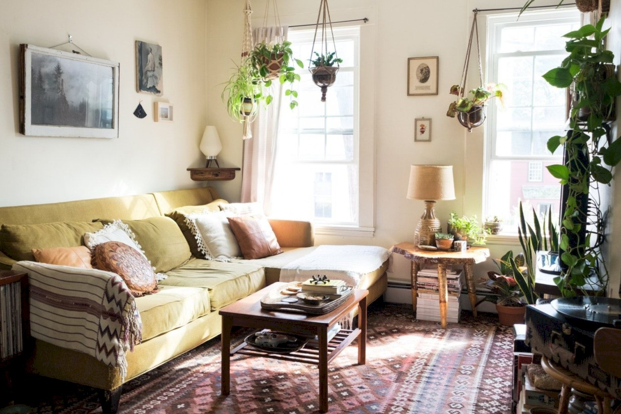 42 Totally Inspiring Boho Living Room Ideas - Round Decor