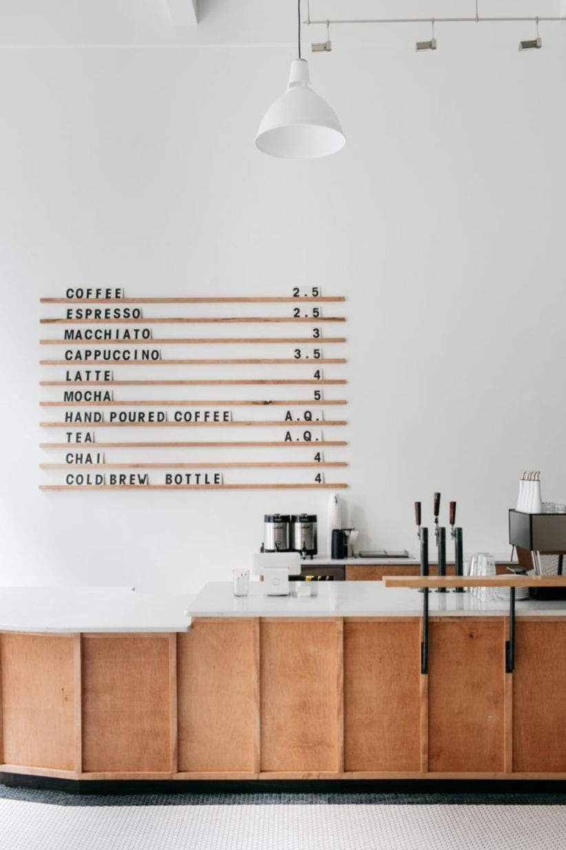 Fantastic home coffee bar design ideas you may try (40) - Round Decor
