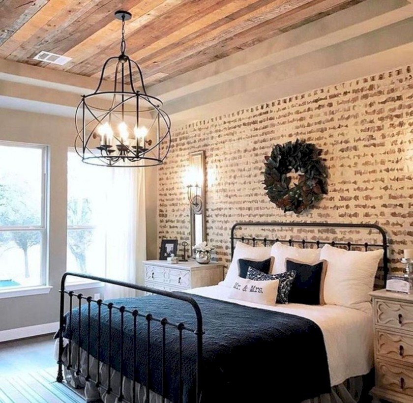 44 Rustic Farmhouse Bedroom Decorating Ideas Roundecor