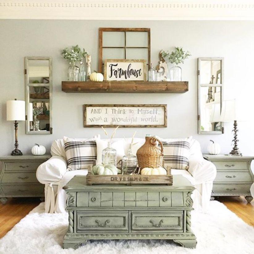 Simply and cozy farmhouse wall decor ideas (36)