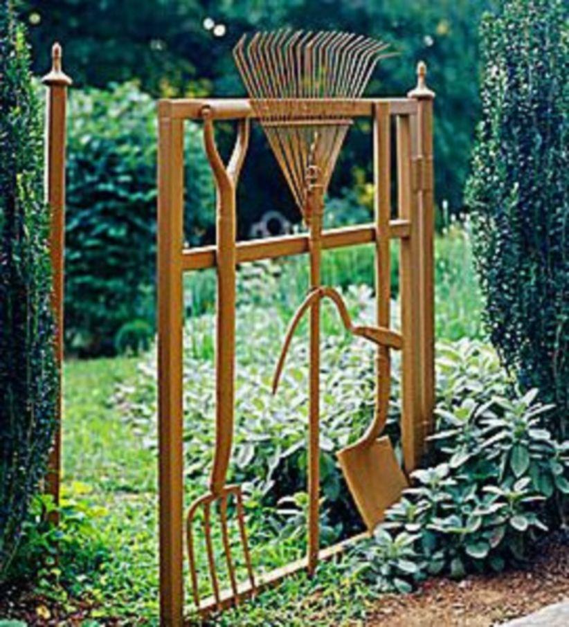Junk Garden Ideas 2018 Edition: Brilliant Garden Junk Repurposed Ideas To Create Artistic