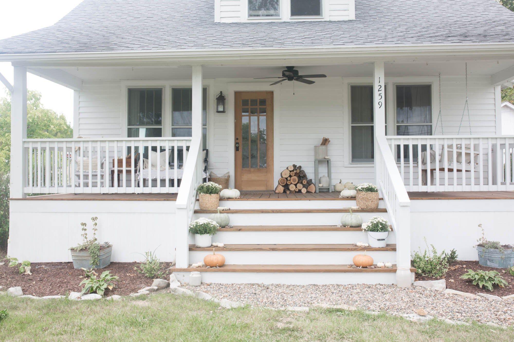44 Most Stylish Farmhouse Front Door Design Ideas Round Decor