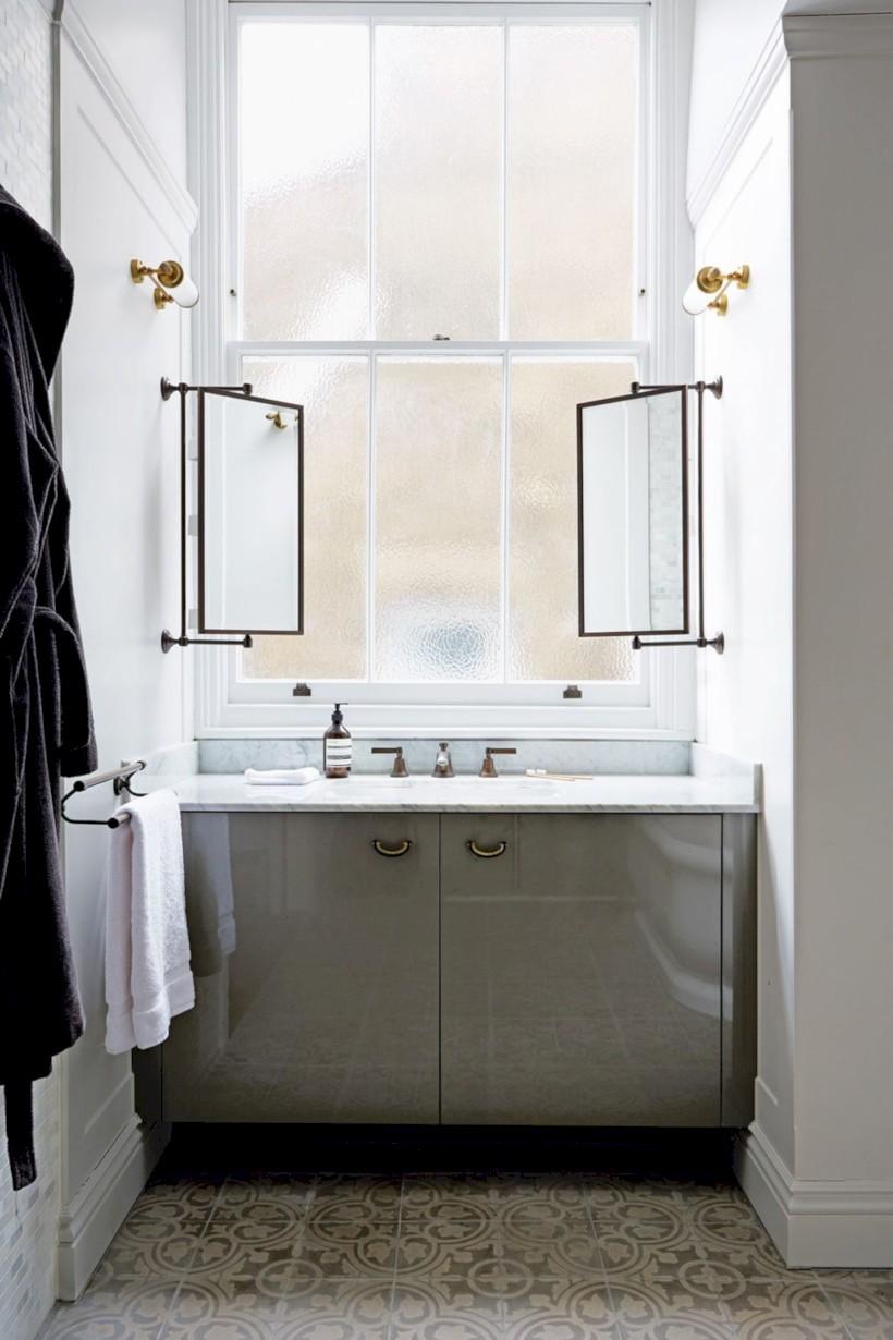 Best ideas for modern bathroom light fixtures 23 - Round Decor