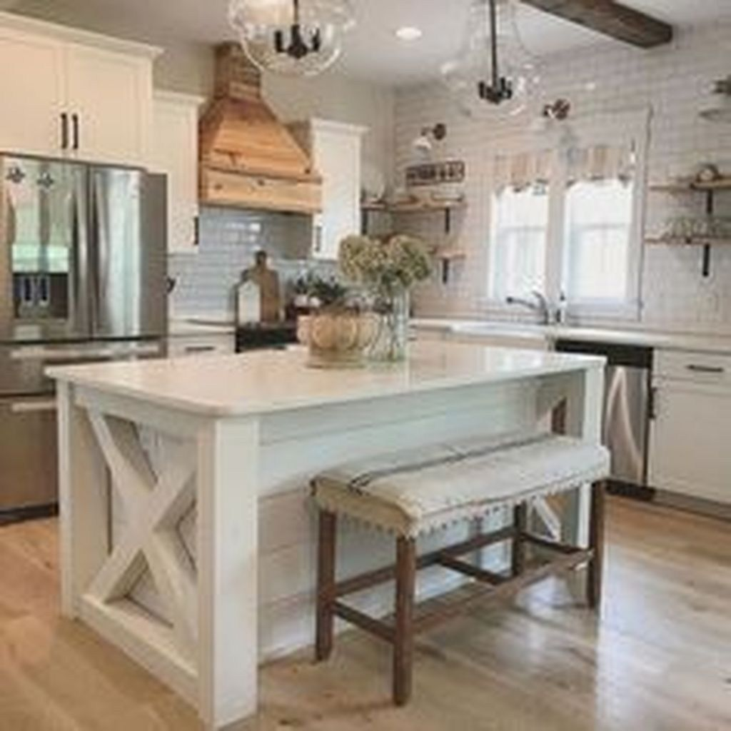 47 Brilliant Rustic Farmhouse Kitchen Cabinets Remodel ... on Rustic Farmhouse Kitchen  id=99441
