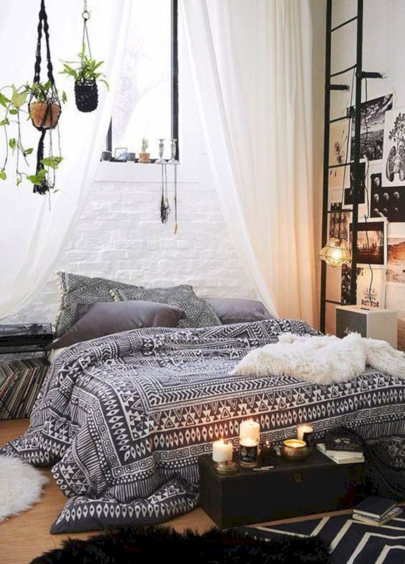Published September 9 2018 At 820 1142 In 42 Comfy And Cozy Small Bedroom Ideas