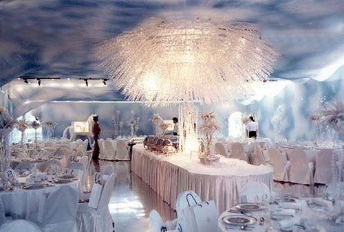 Wonderful winter wonderland decoration ideas 44