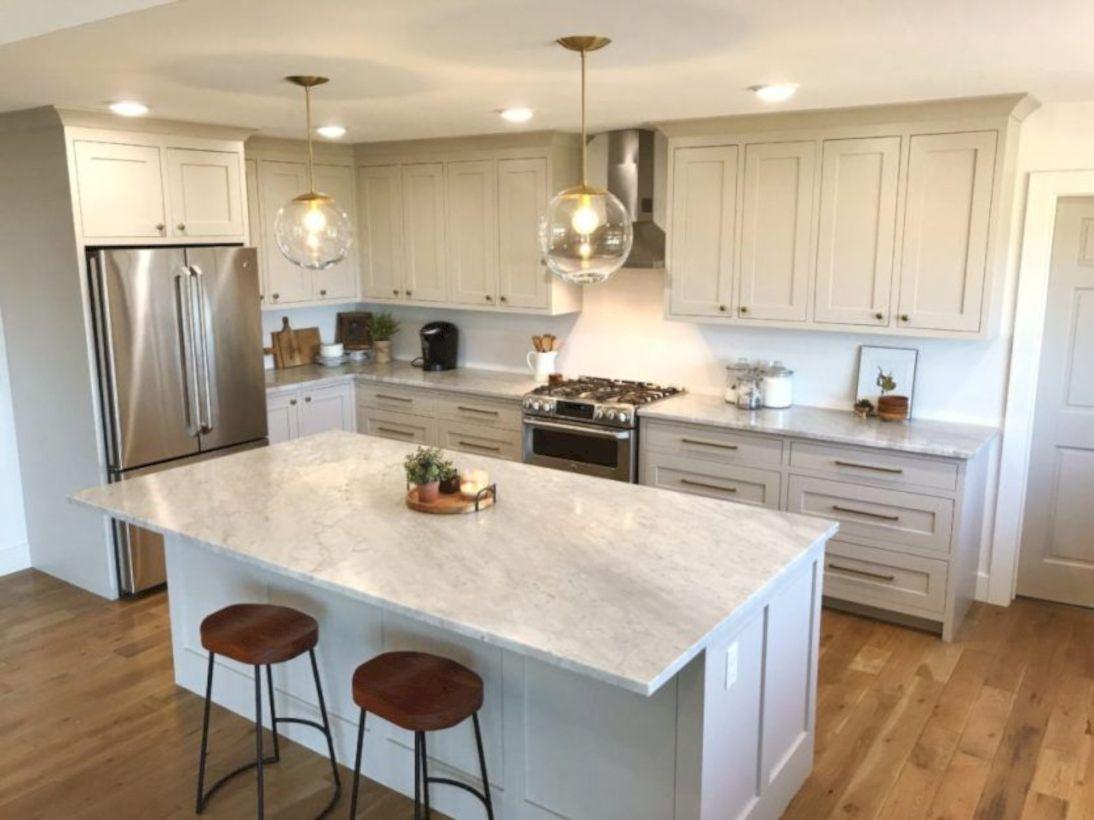 Kitchen Cabinet Colors To Paint: 52 Cozy Color Kitchen Cabinet Decor Ideas