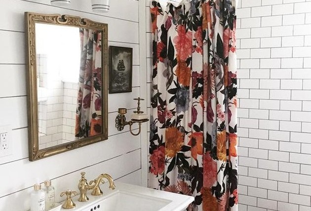 13-a-floral-shower-curtain-in-bold-fall-blooms-is-a-cool-and-easy-accent-to-feel-like-fall