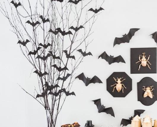 Diy-halloween-decorations-diy-bat-branch-centerpiece-1530214002